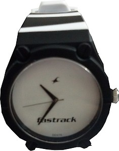 9946PP05J Analog Watch - For Men price in India.